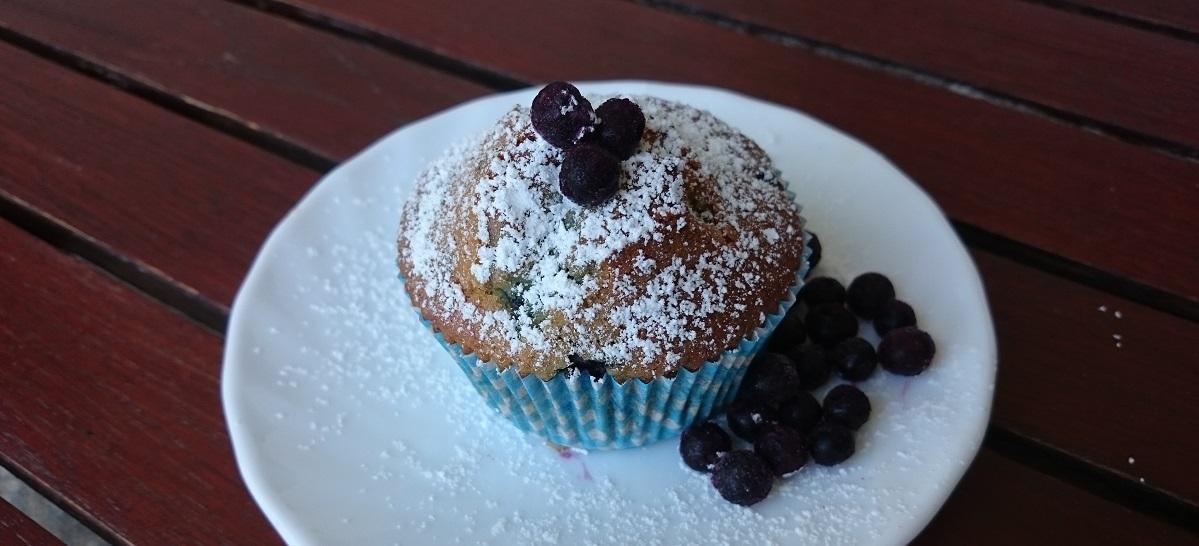 Blueberry Muffins – luftig, locker und mit vielen Heidelbeeren.